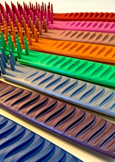 Choose your Pennello Brush in your favority color.